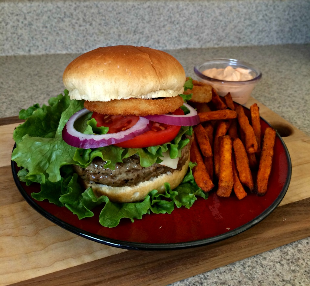 Pepperjack Jucy Lucy with Alexia Sweet Potato Fries and Crispy Onion Rings #Ad #GameTimeGrub