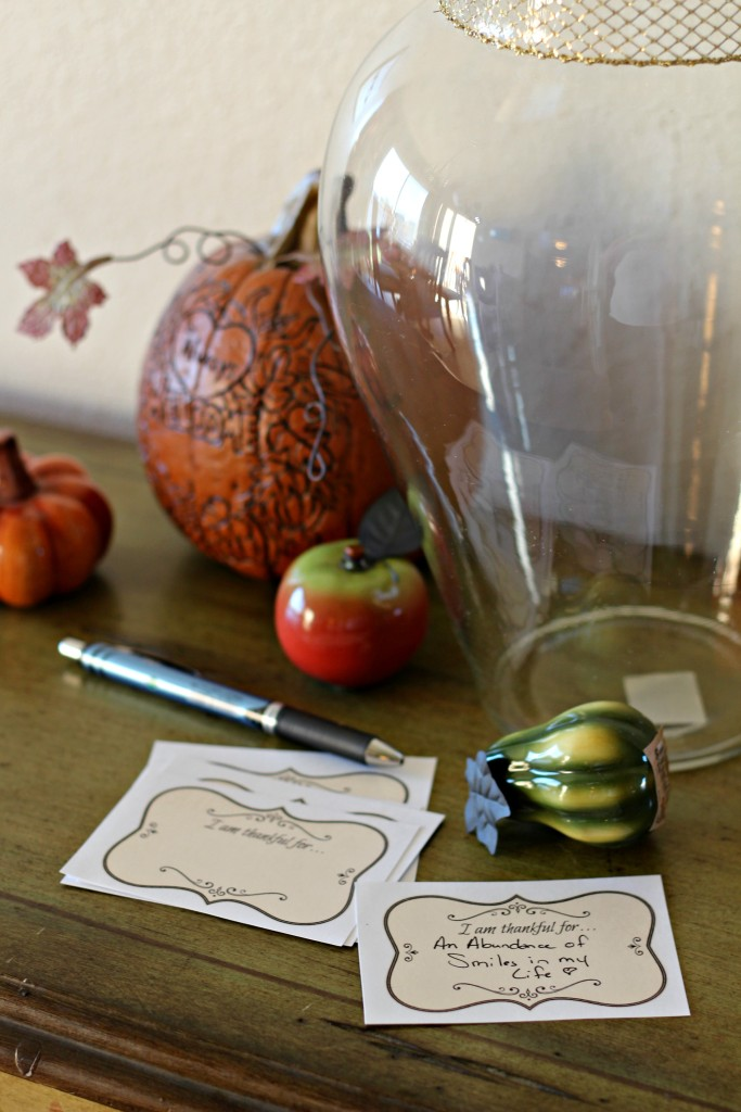 An elegant printable to help you create some new traditions for your Thanksgiving gatherings.