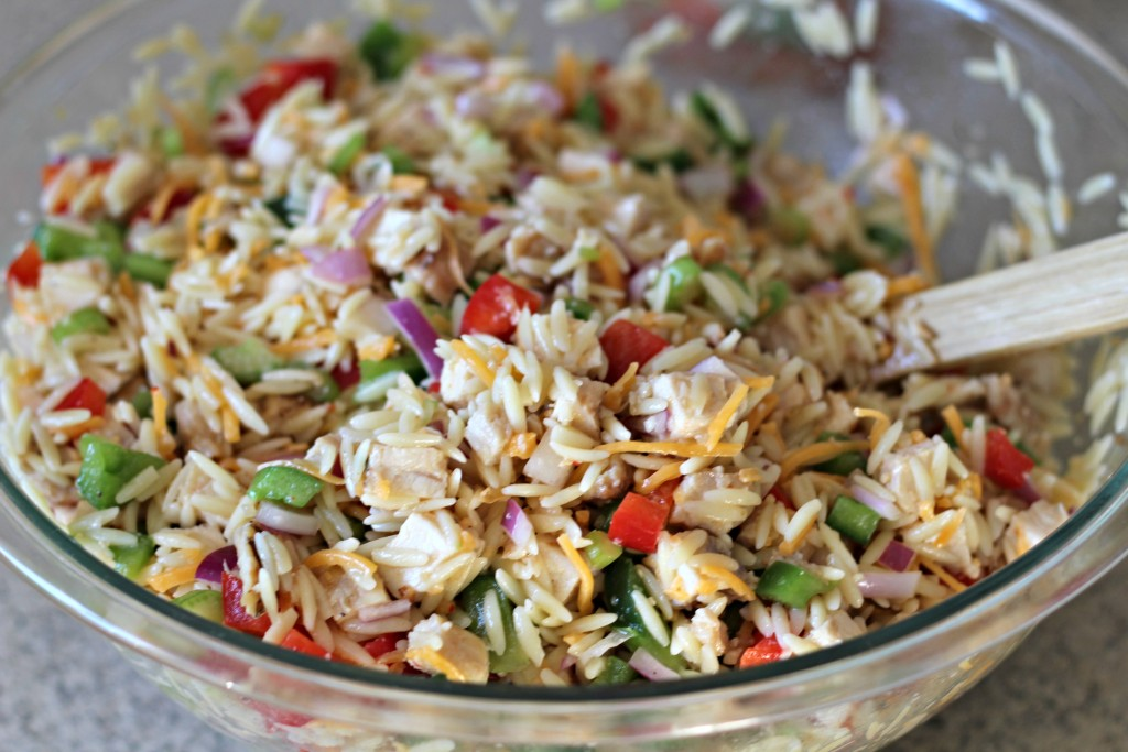[ad] Using versatile ingredients often found in the pantry or freezer, this One Dish Chicken and Orzo Salad is perfect for a quick and better for you meal. #OneBowlWonder